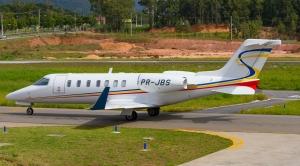 Photo of Learjet 40